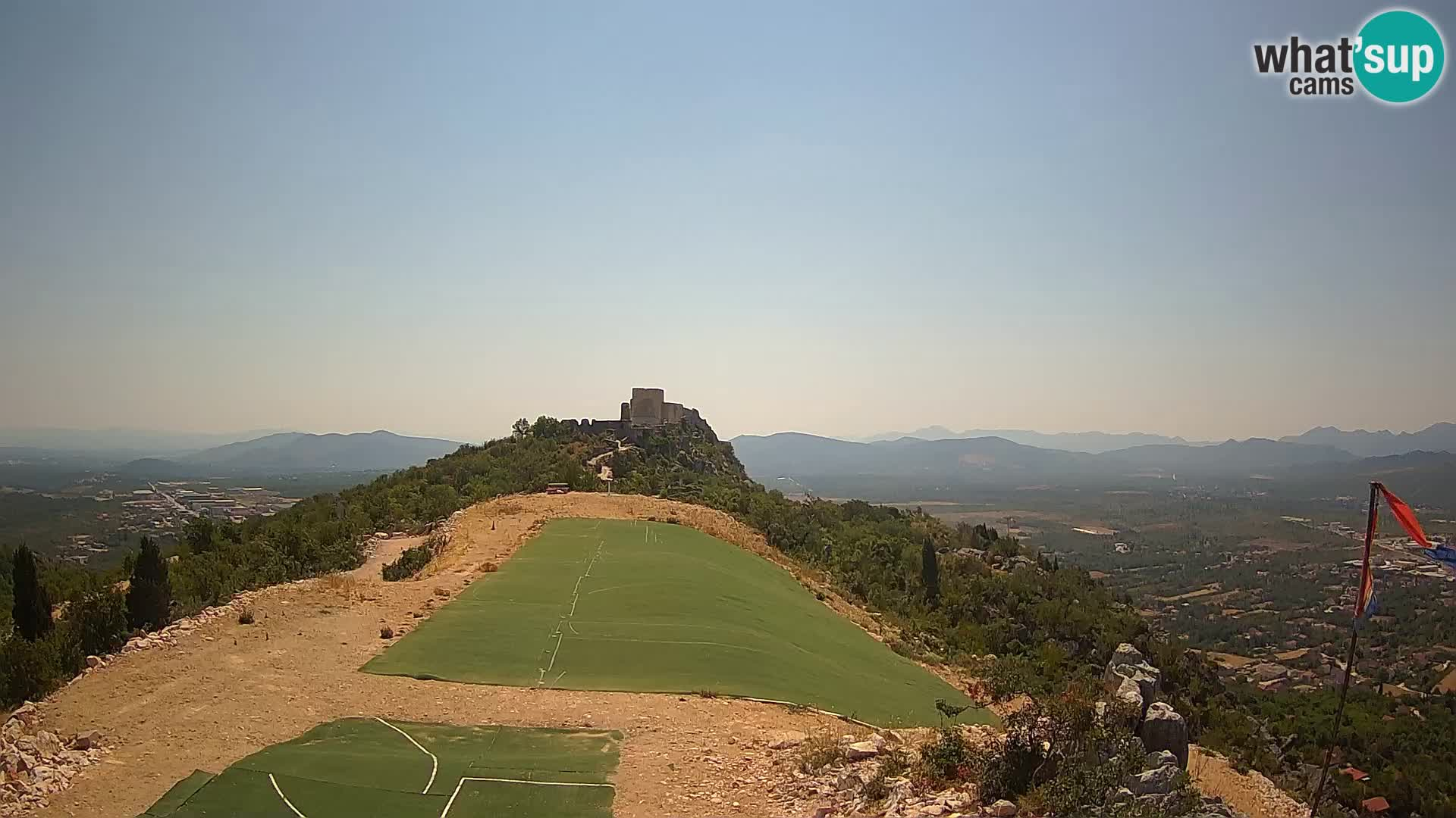 Spletna kamera v živo jadralno vzletišče Ljubuški – Kula