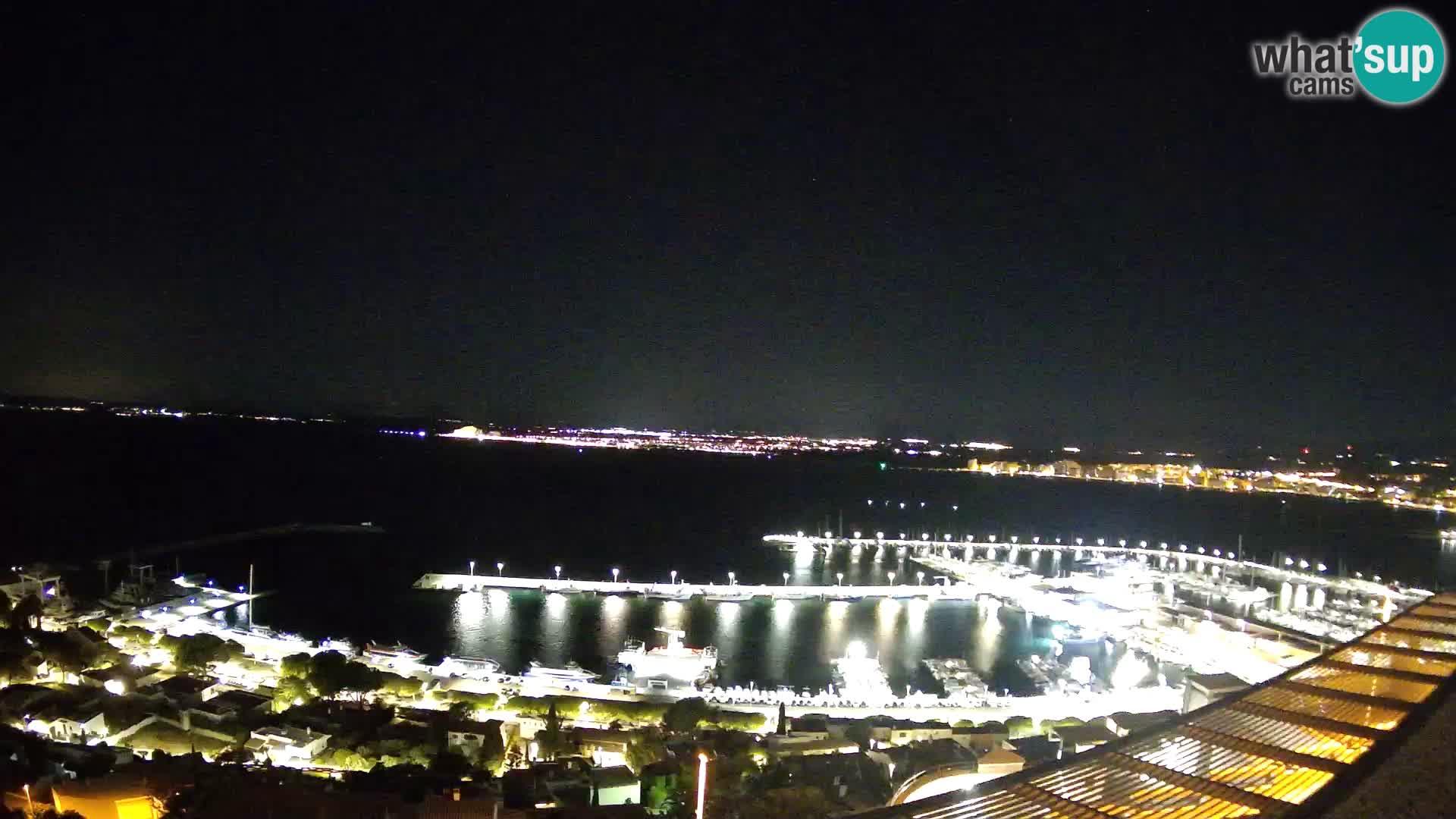 Roses – Puerto pesquero  y la bahía de Roses