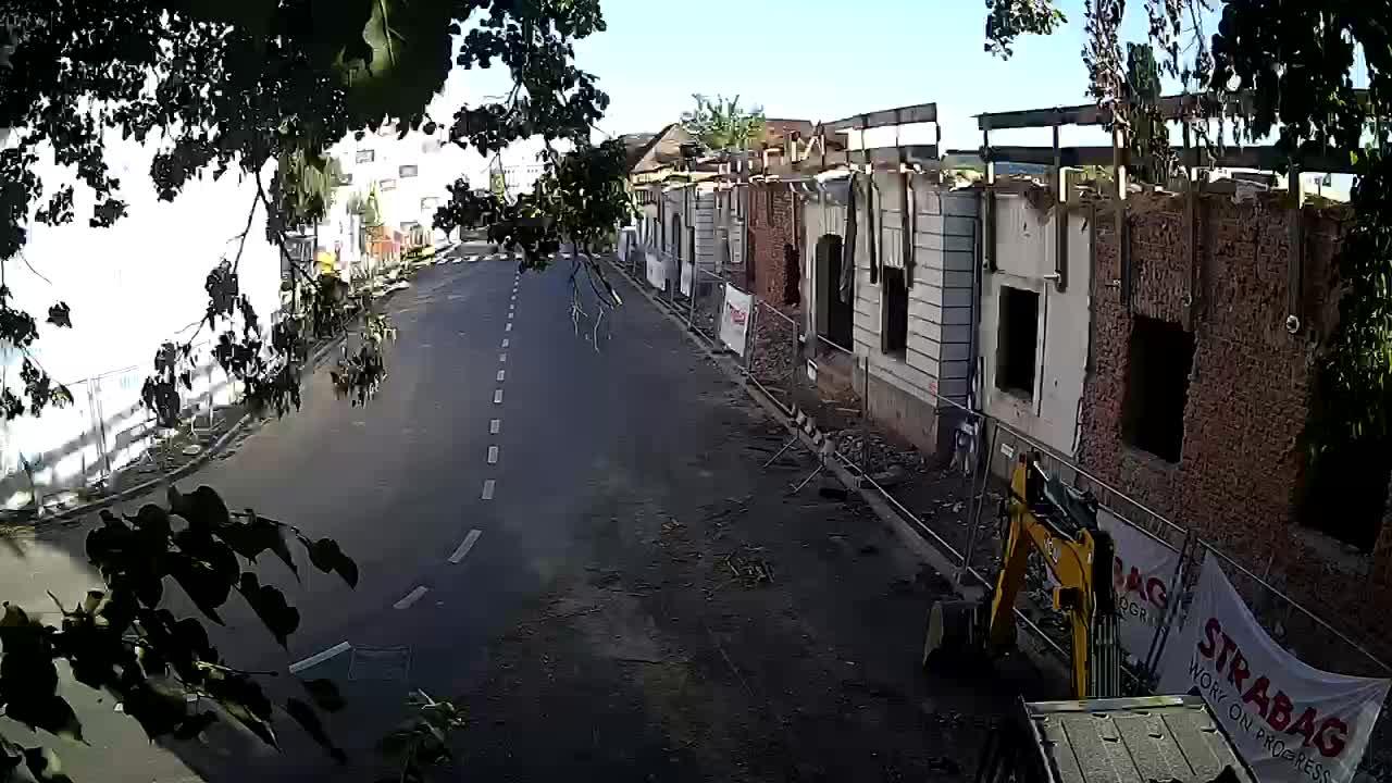Petrinja renovation of the High School and City Administration after the earthquake – Live cam Croatia