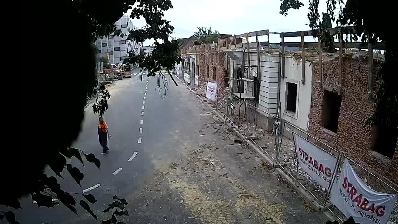 Petrinja Renovierung der High School und Stadtverwaltung nach dem Erdbeben – Live Cam Kroatien
