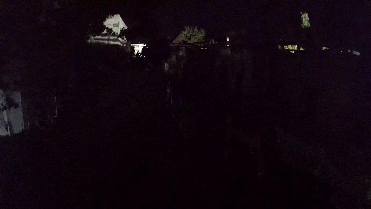 Petrinja ristrutturazione del liceo e dell'amministrazione comunale dopo il terremoto – Live cam Croazia