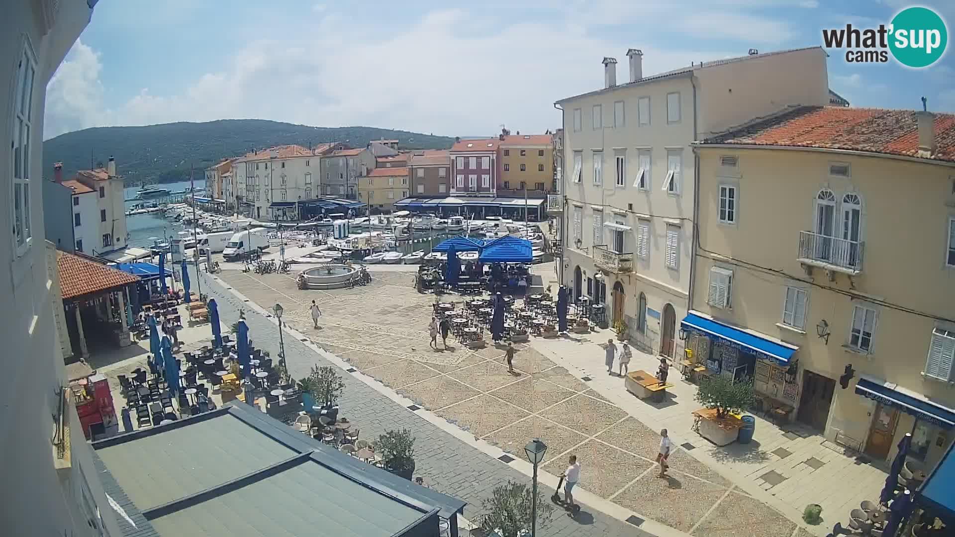 "LIVE cam Cres Stadt – Hauptplatz und ""mandrač"" – Cres Insel – Kroatien"