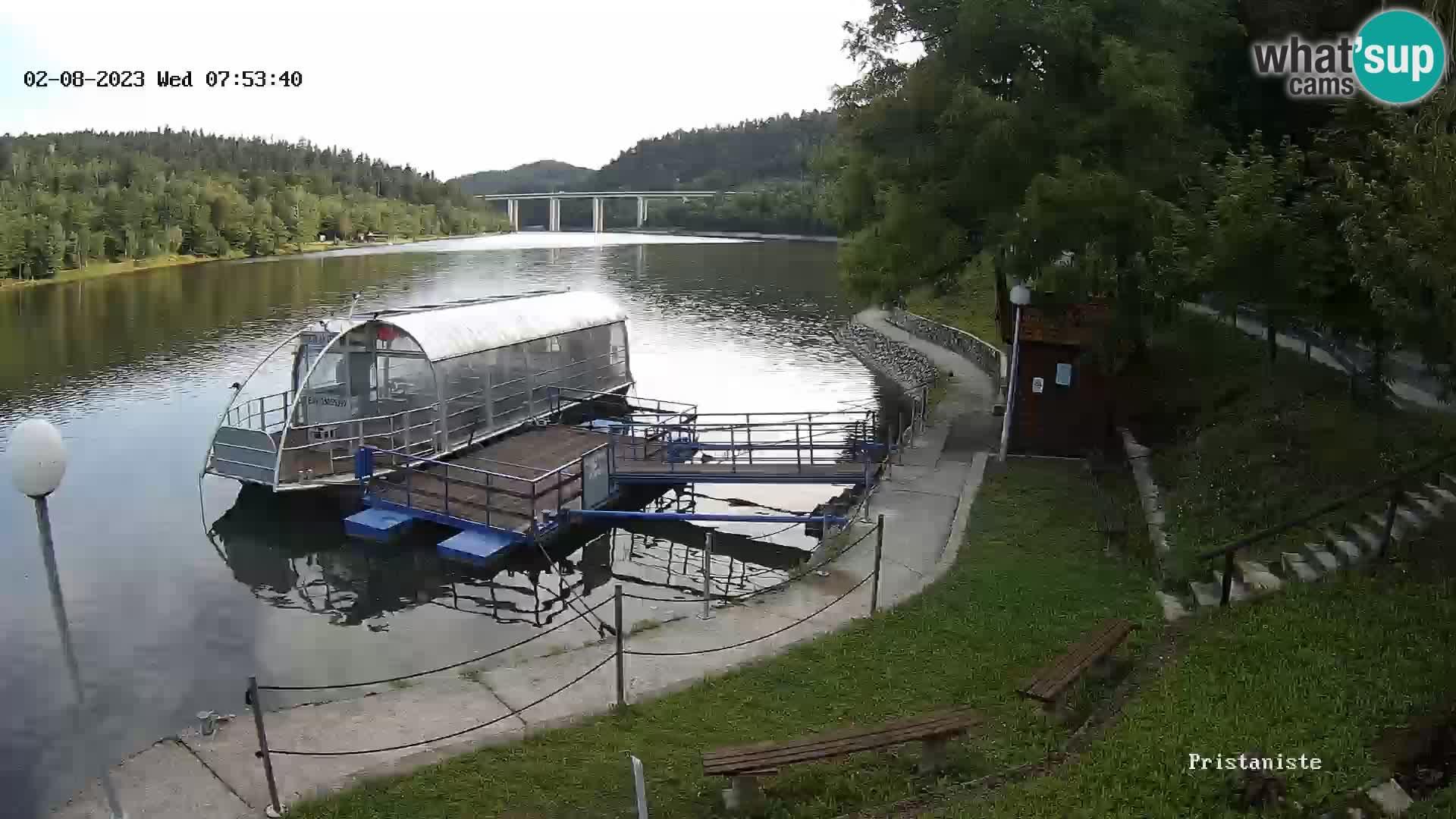 Lago Bajer live webcam Bajersko Jezero Fužine bateau touristique