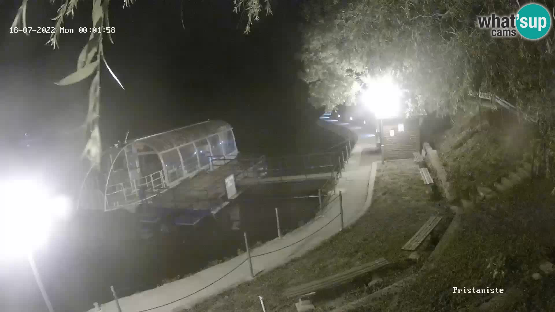 Spletna kamera Bajersko Jezero Fužine – turistična ladja