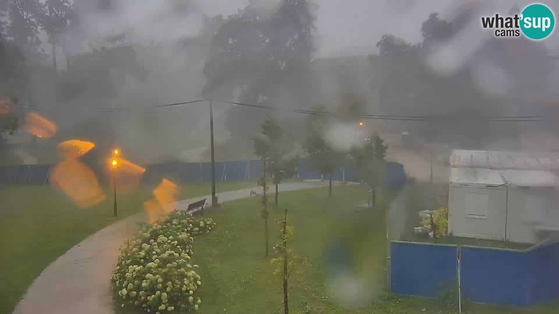 Web kamera Perivoj dvorac Erdödy u Jastrebarskom