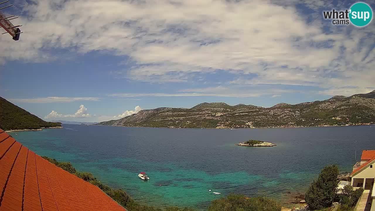 Korčula spletna kamera v živo – Tri Žala pogled na Pelješac