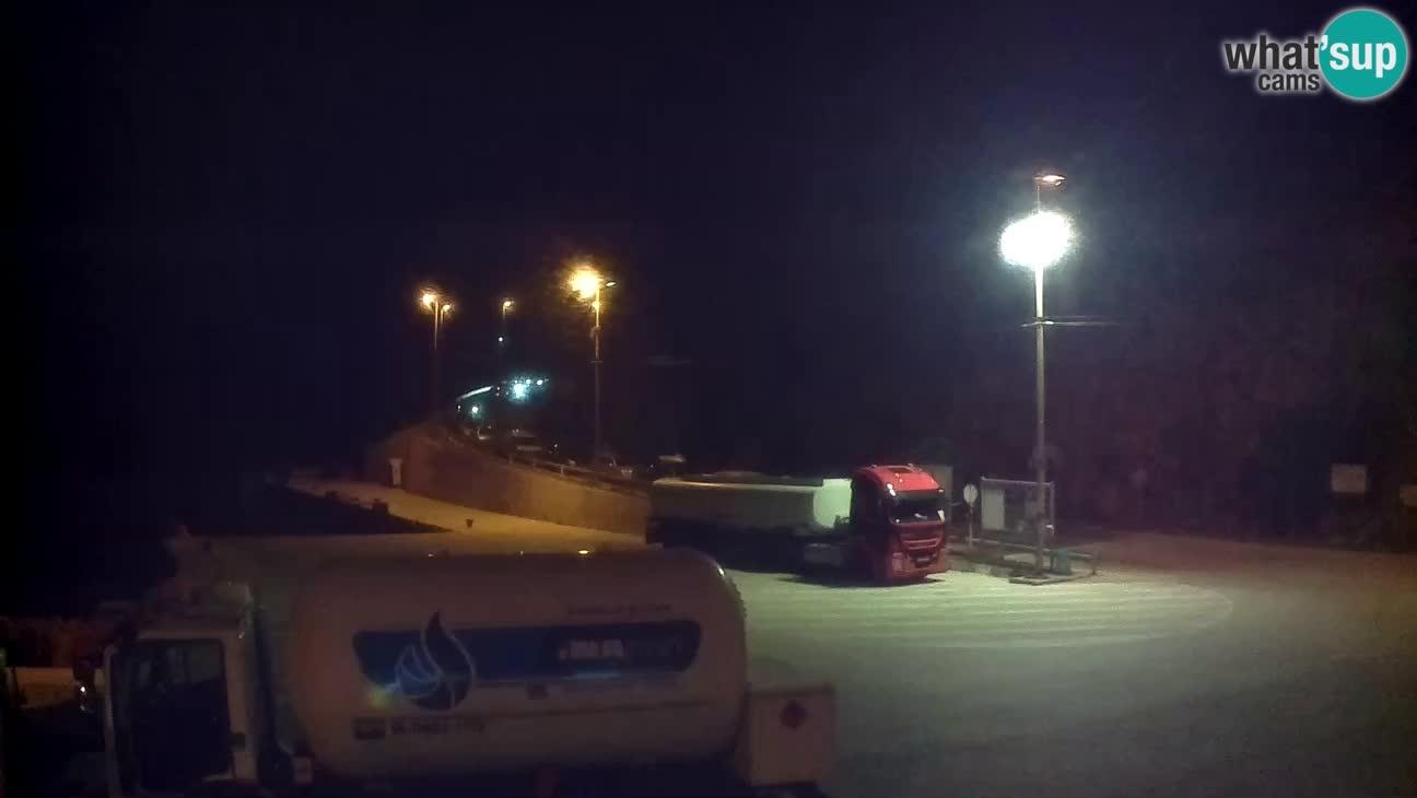 Île de Cres Webcam – port de ferry Merag – Krk