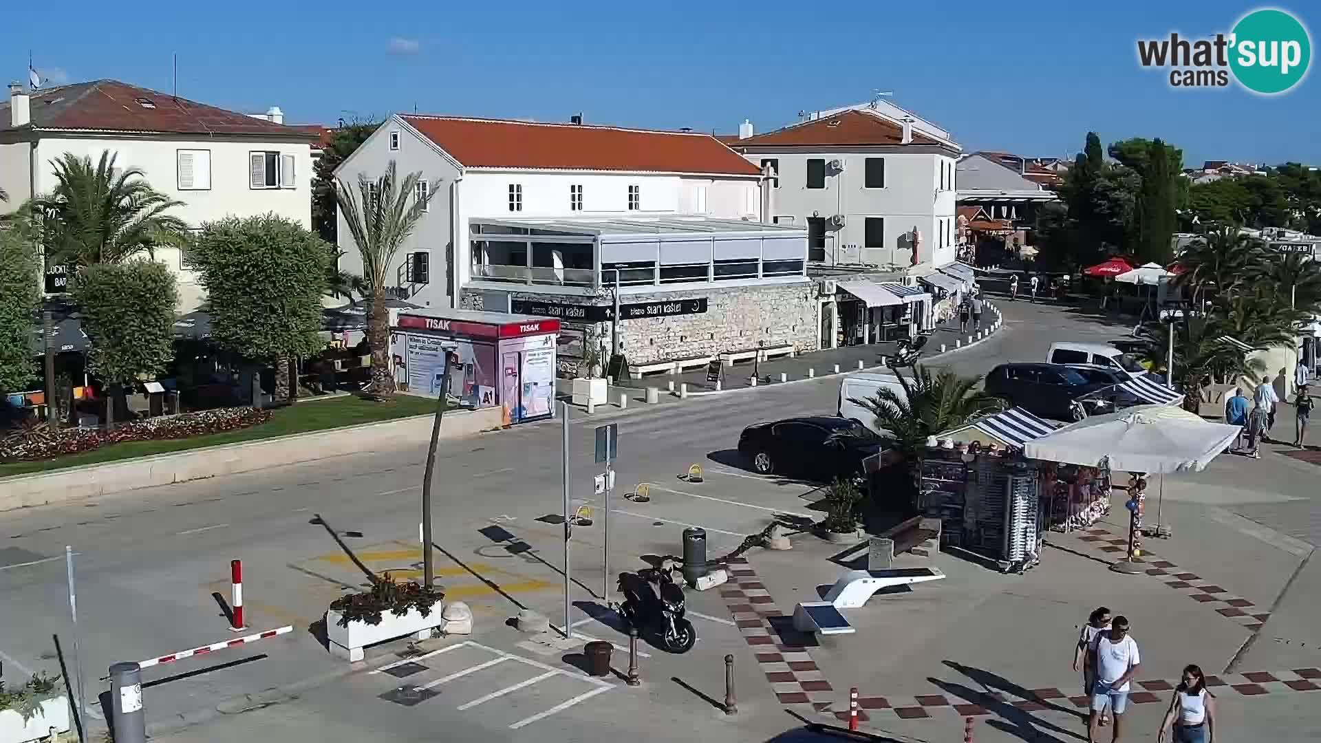 Webcam Novalja seaside promenade