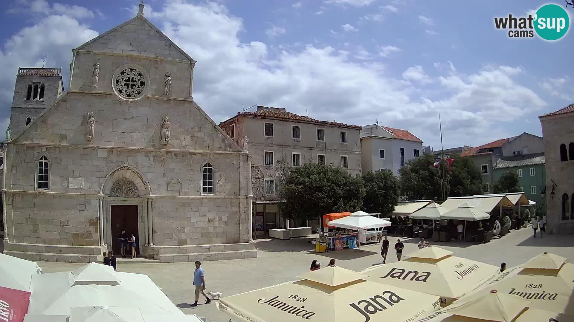 Pag livecam – piazza principale e la basilica di Santa María