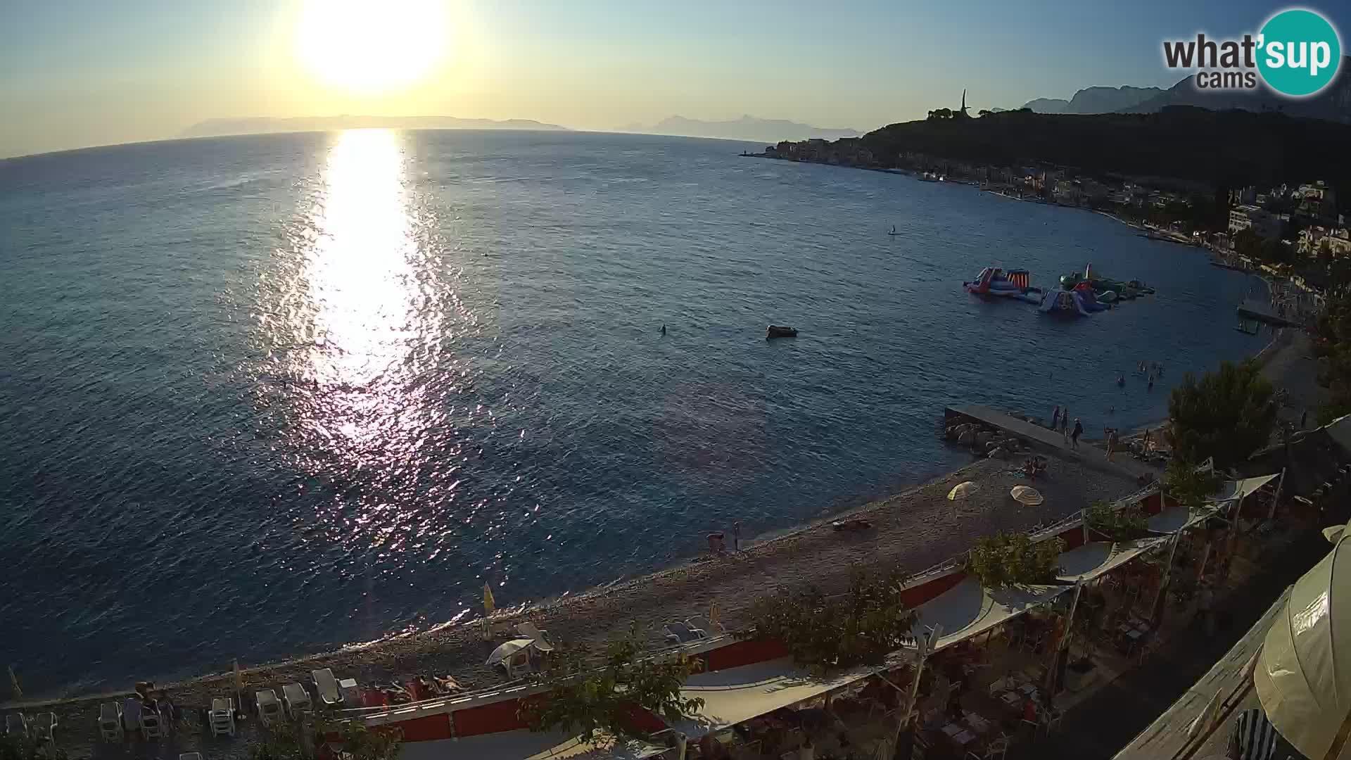 Razgled na plažo v Podgori