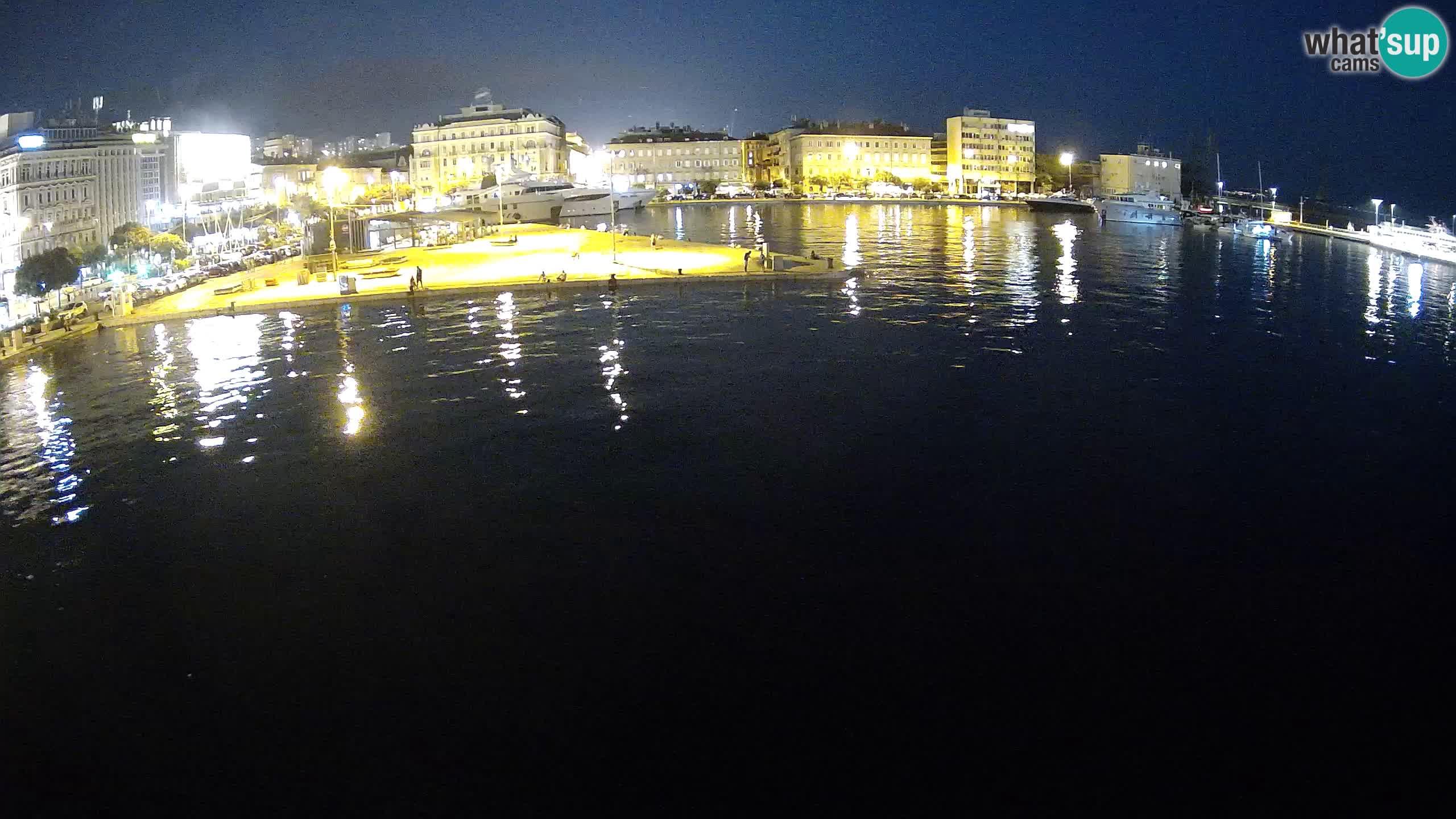 Reka – Botel Marina spletna kamera
