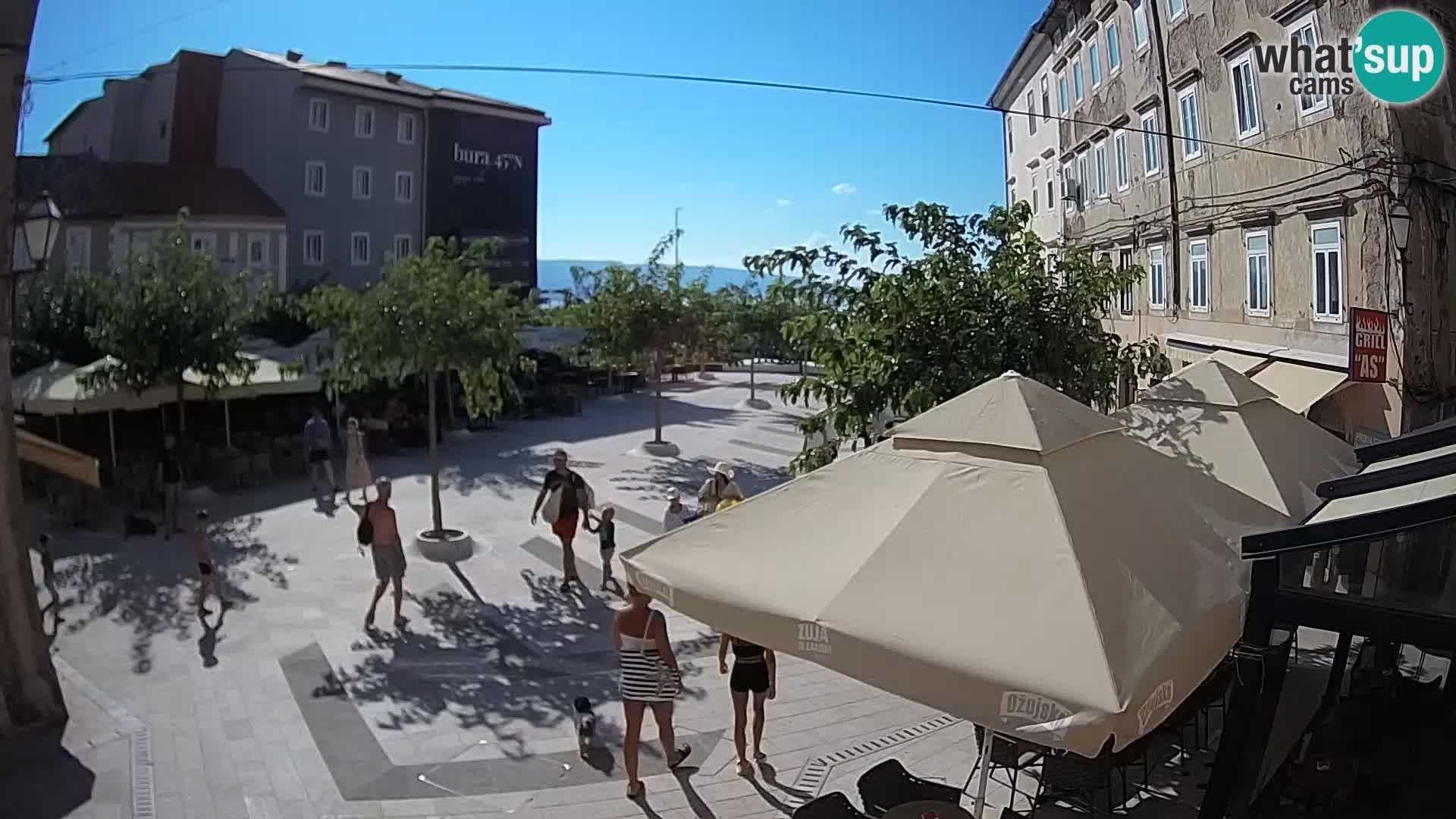Zentrum der Stadt Senj – Pavlin platz – Live Cam Dalmatia