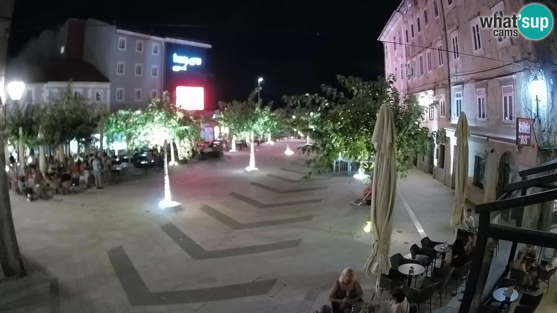 Center mesta Senj – Pavlinski trg – spletne kamere Dalmacija
