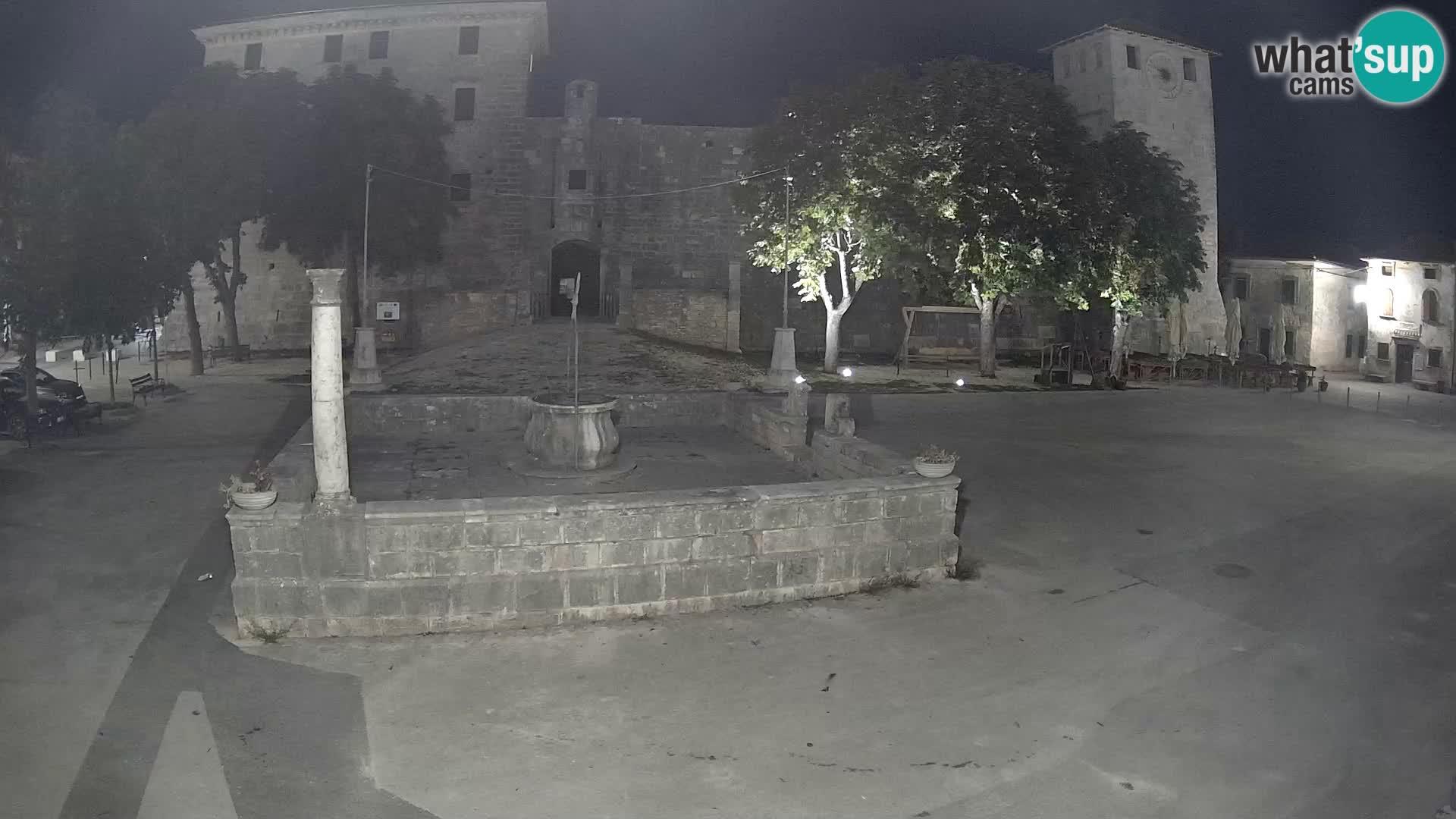 Webcam Svetvinčenat – el castillo y el pozo – Istria – Croacia