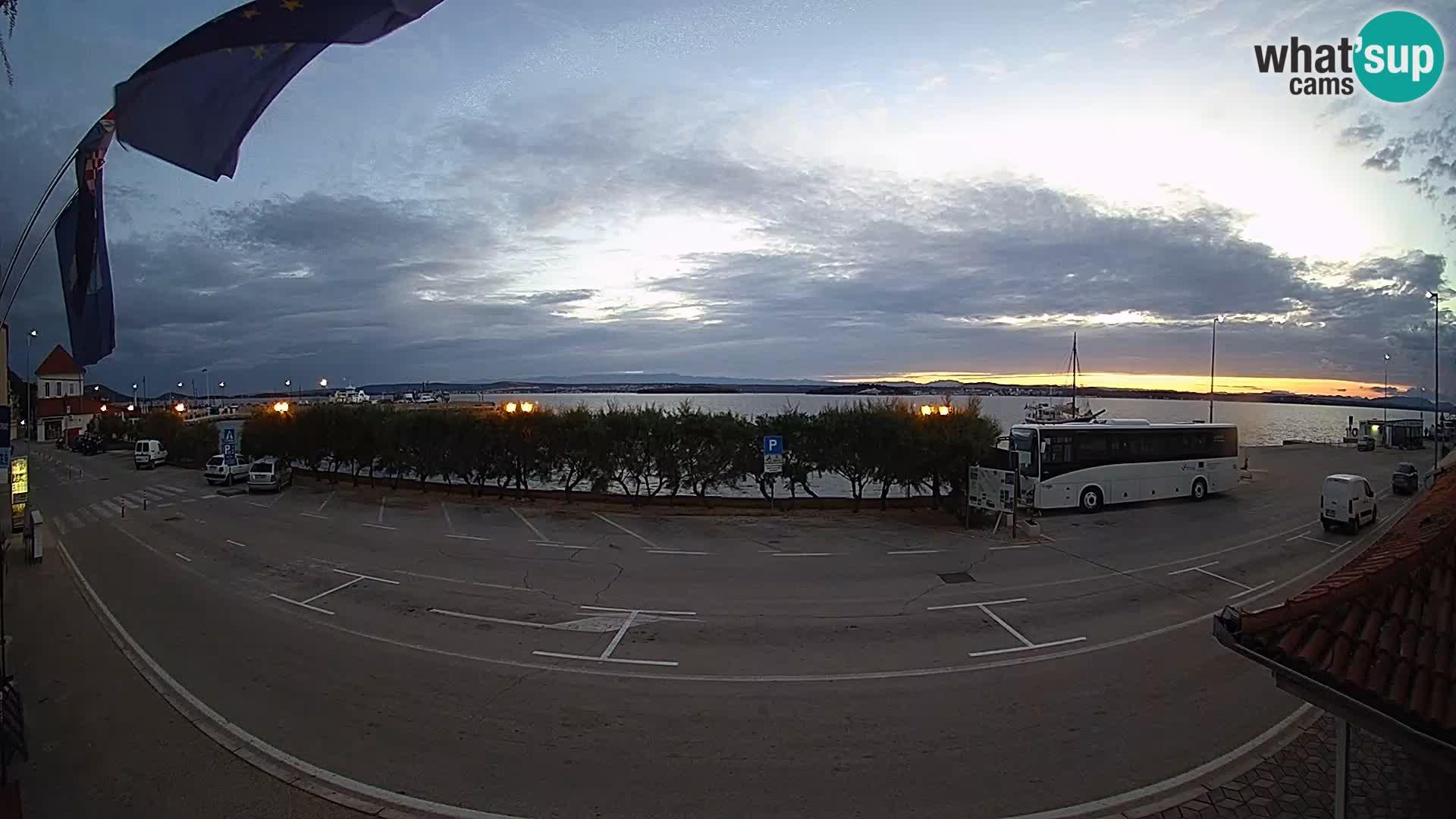 Spletna kamera Tkon – trajektni terminal