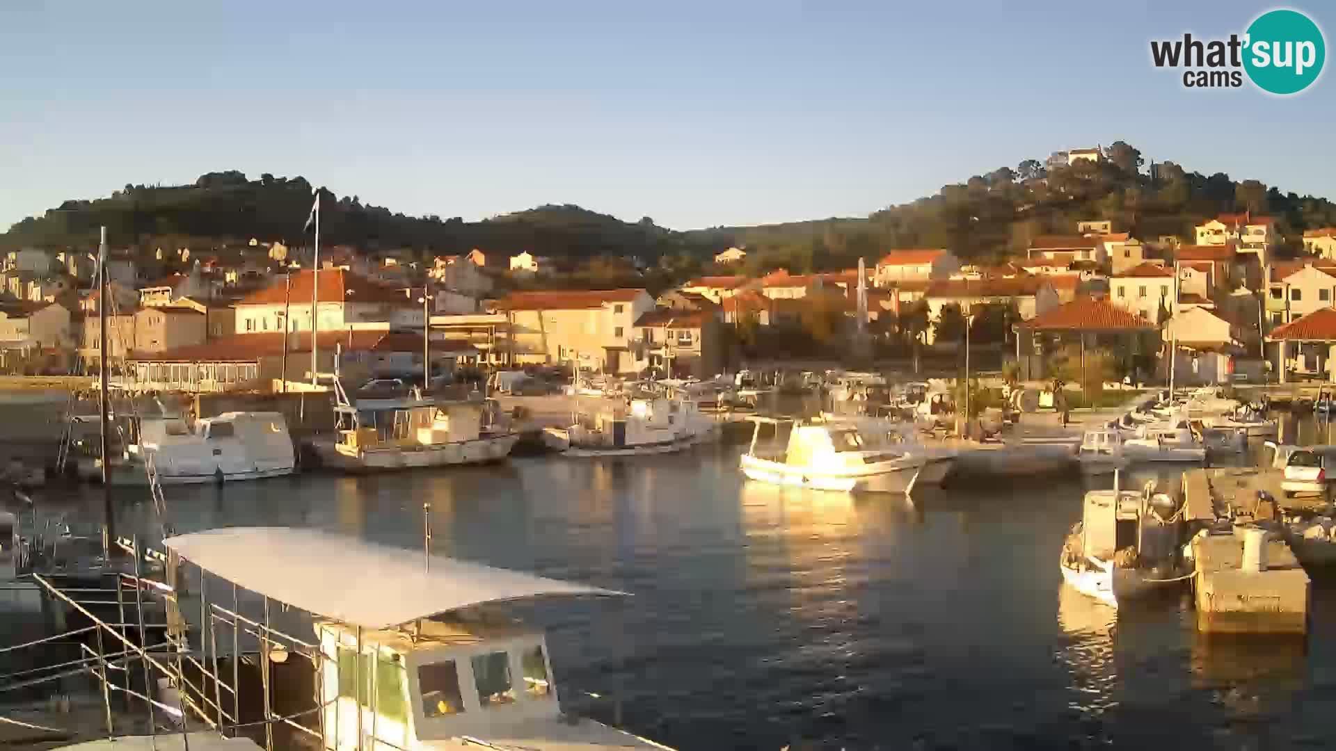 Spletna kamera Tkon – Marina in mesto
