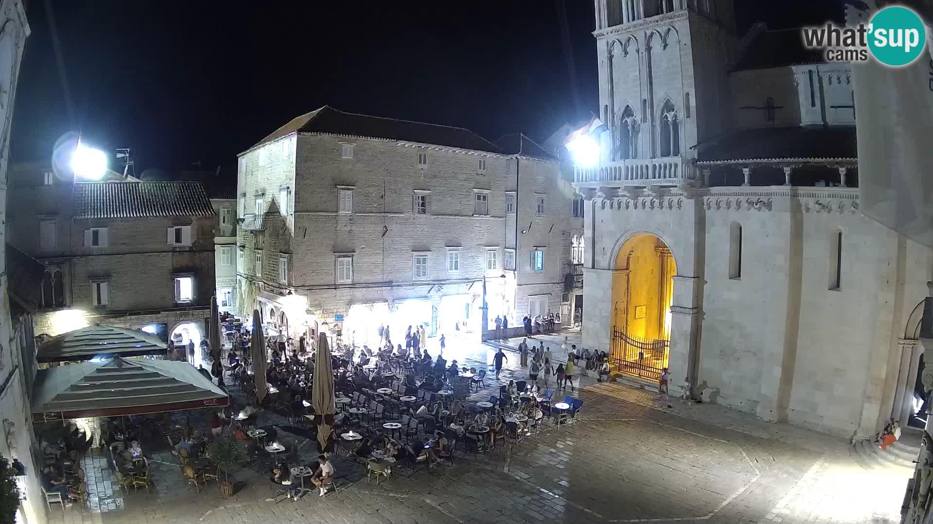 Spletna kamera v živo Trogir – katedrala sv. Lovrenca – Hrvaška
