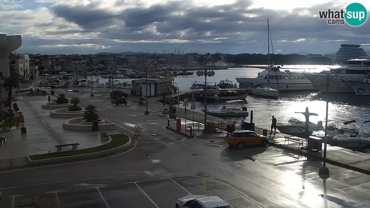 Vodice web kamera – marina i riva