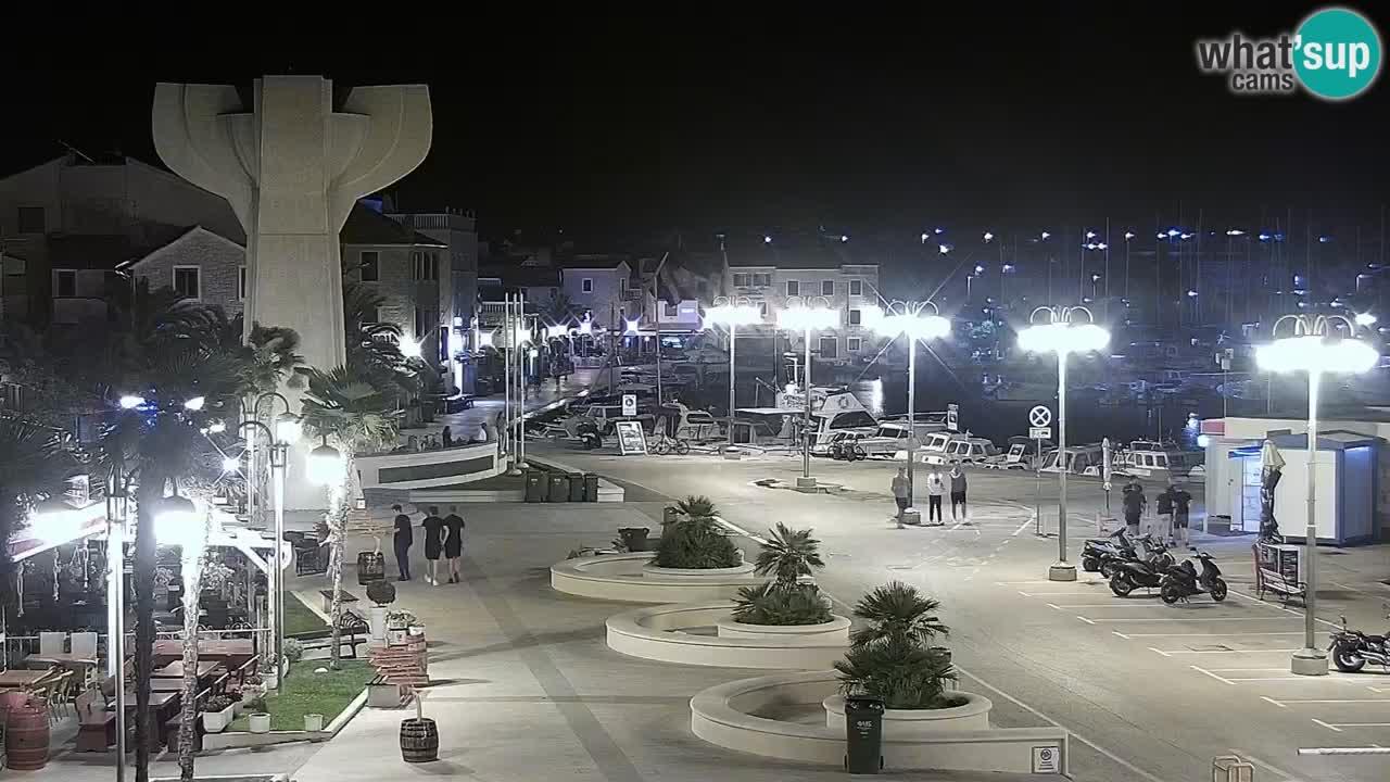 Vodice spletna kamera – marina in riva