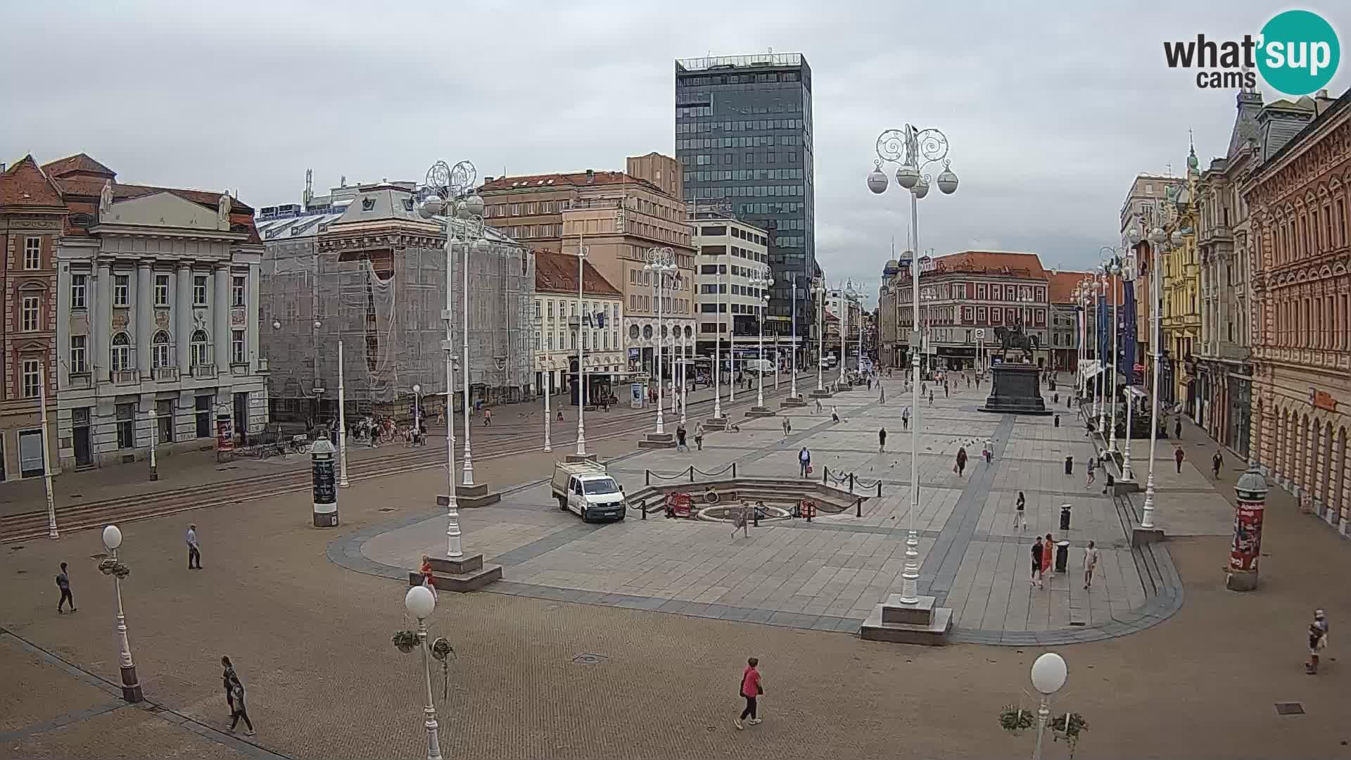 Zagreb Live Webcam – Bana Jelačić square