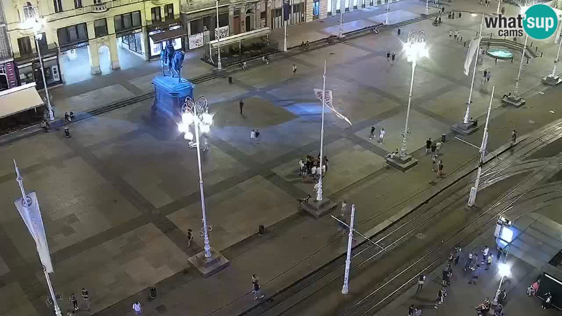 Trg Bana Jelačića web kamera Zagreb – Hotel Dubrovnik