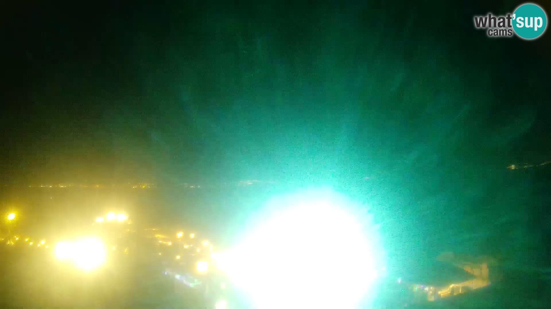 U živo Phi Beach – Forte Cappellini web kamera Porto Cervo – Arzachena – Sardinija