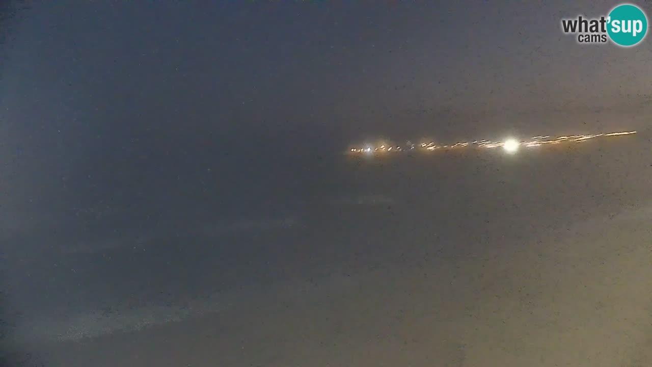 V ŽIVO Spletna kamera plaža Badesi Li Junchi – turizem na Sardiniji Italija