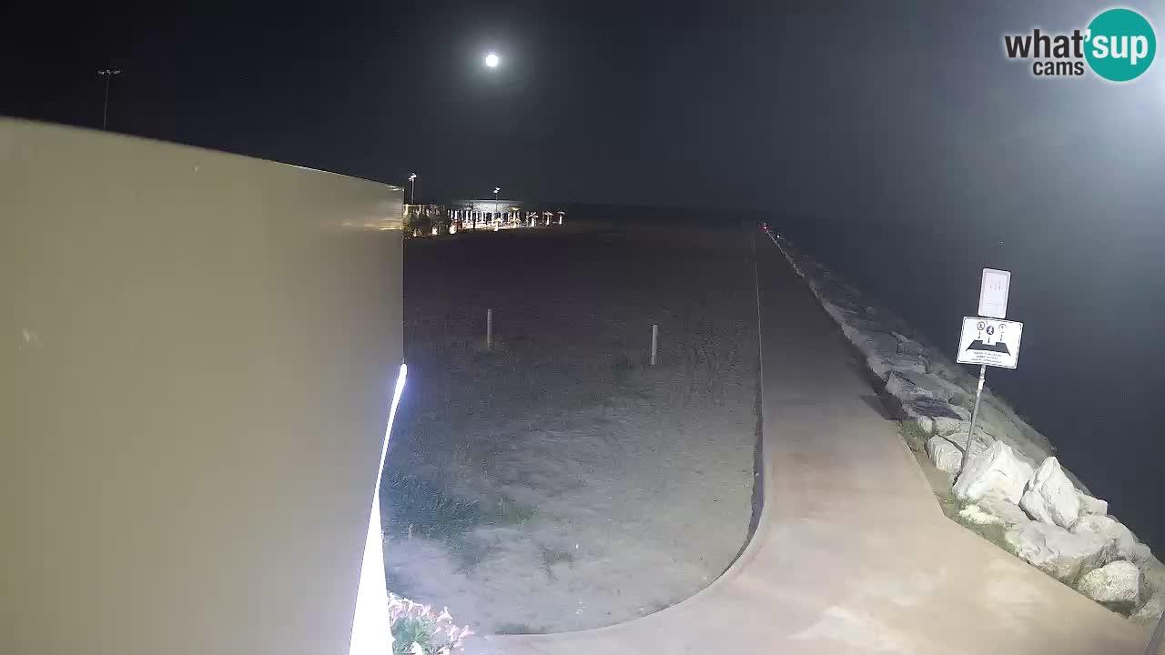 Webcam Caorle – Ponente beach near Livenza channel