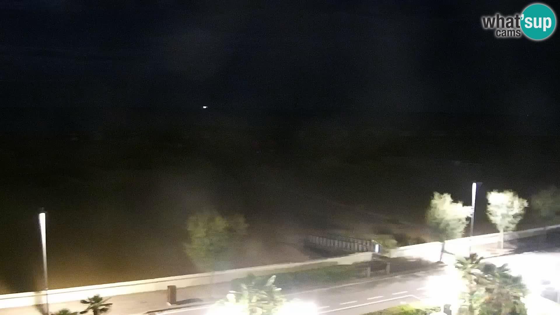 Web kamera Caorle – Plaža Levante – Hotel Alexander