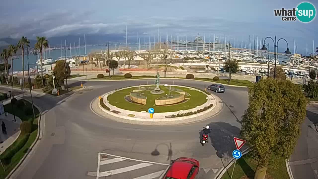 Webcam Gaeta, Fontana di San Francesco - What´s Up Cams