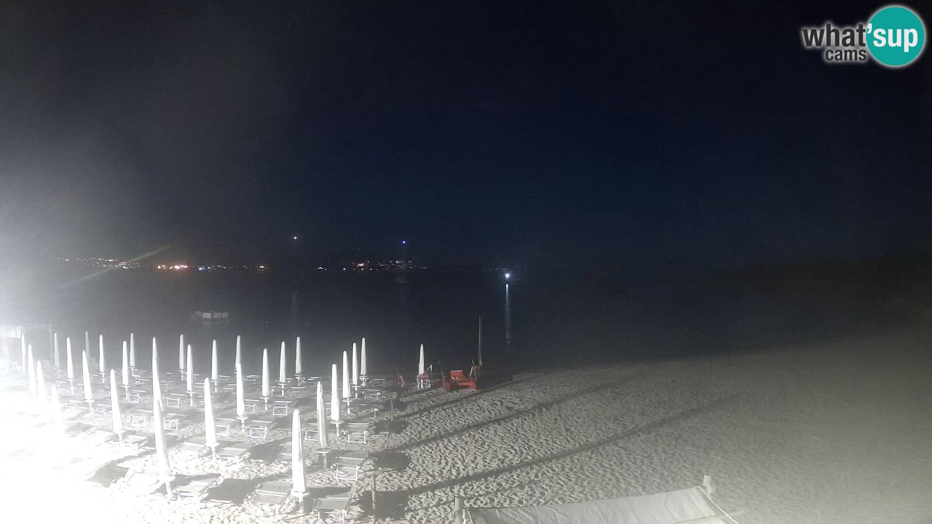 V živo plaža Cala Sabina – spletna kamera Golfo Aranci – Sardinija