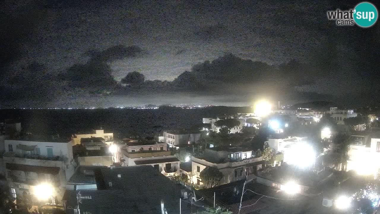 Web kamera Ischia – Napuljski zaljev i otok Procida