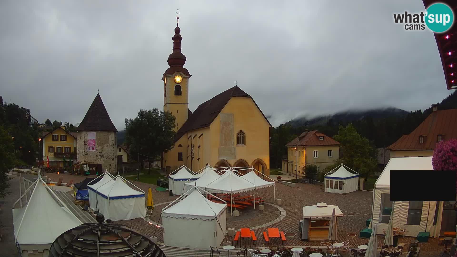 Tarvisio – carré Unità / église SS.Pietro e Paolo Apostoli