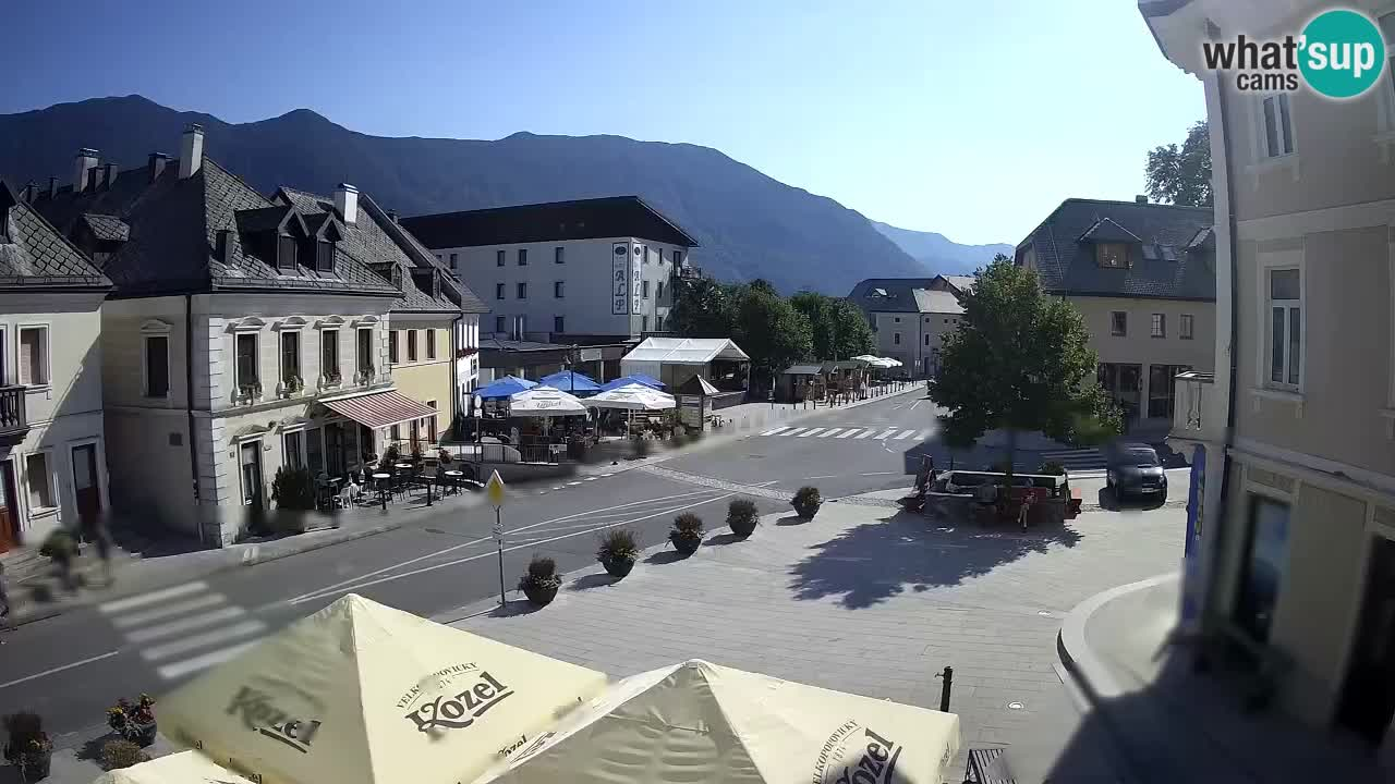 Place centrale à Bovec