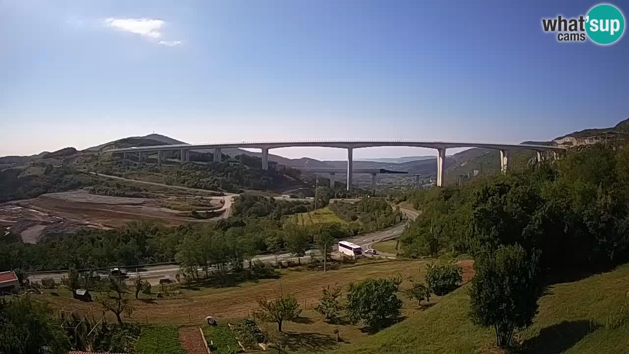 Webcam Črni Kal Viadukt – Viki Burger