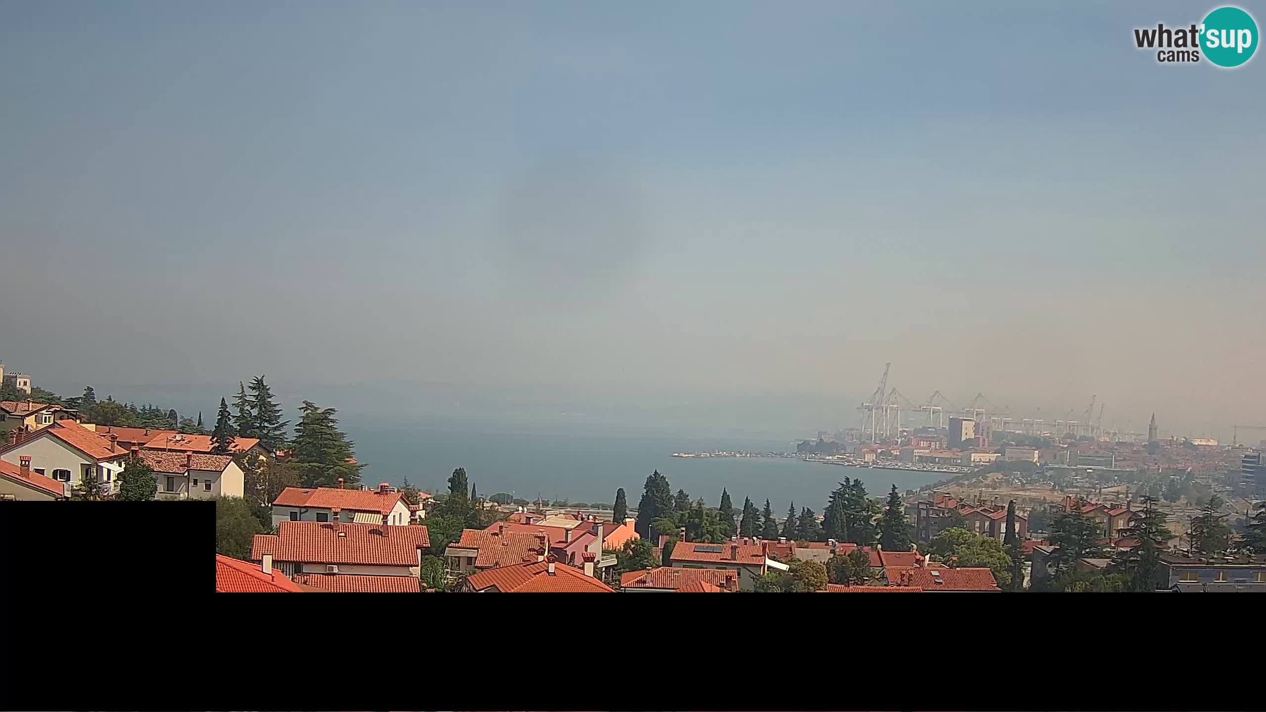 Webcam en direct Koper – Vue panoramique de la ville et du port – Slovénie