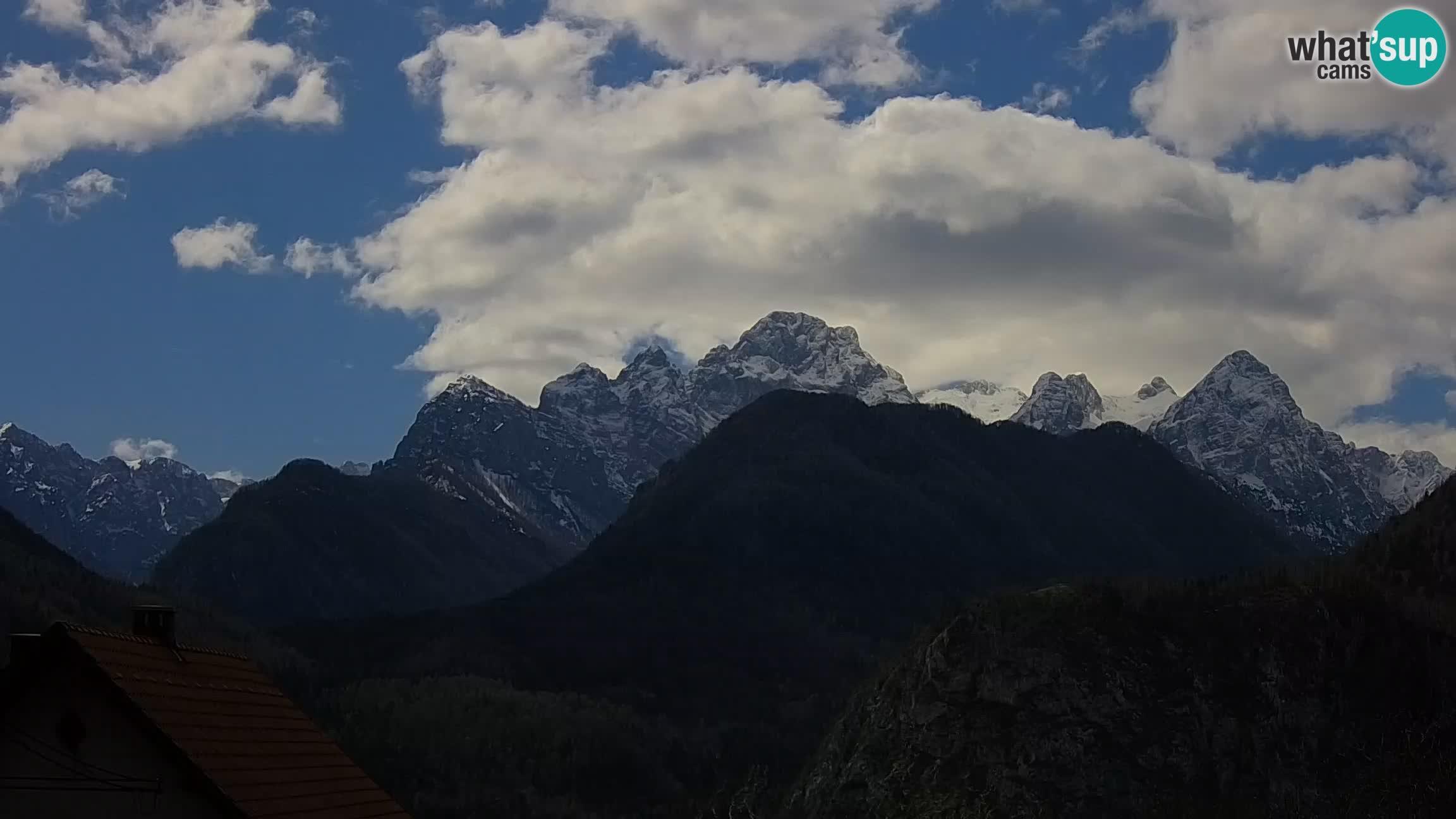 Dovje webcam – Triglav Blick von den Wohnungen Triglav