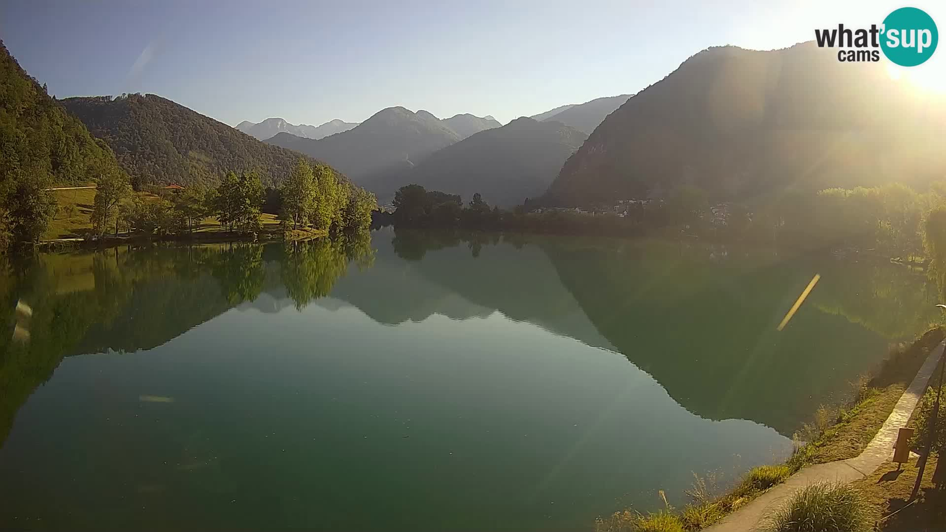 Web kamera Most na Soči – jezero