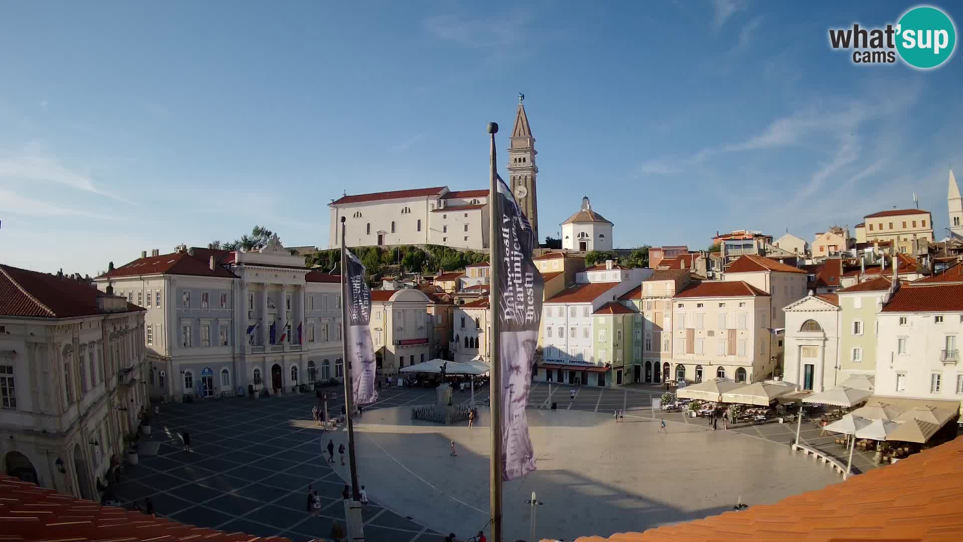Webcam Live Pirano ( Piran )- Piazza Tartini