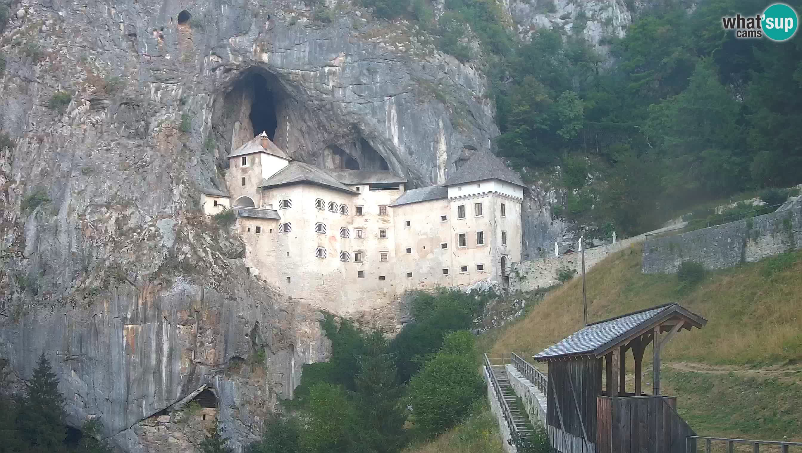 Live Webcam Predjamski grad – Predjama Castle – Postojna – Slovenia