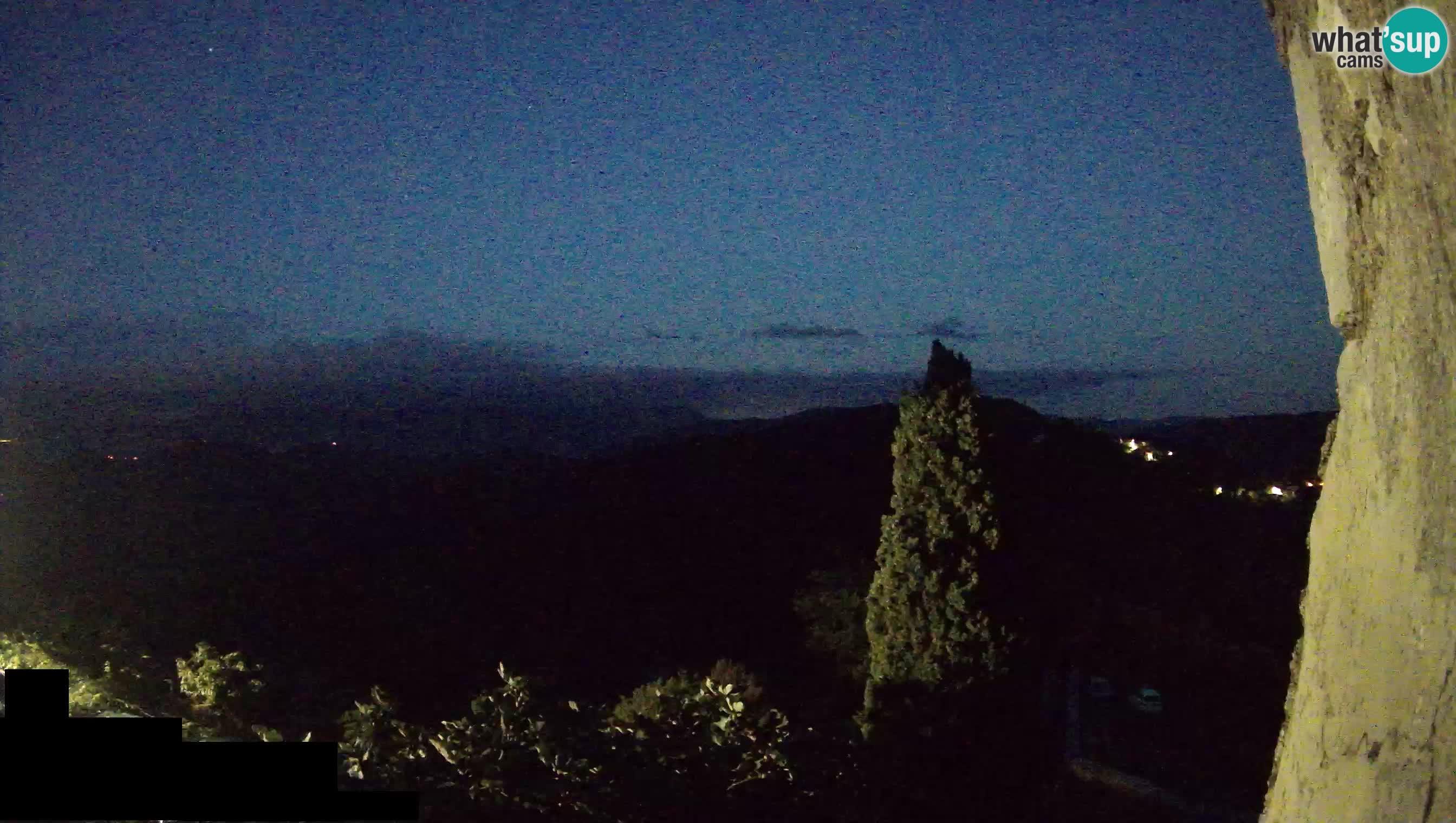 Webcam Štanjel –  Giardini Ferrari – Slovenia livecam